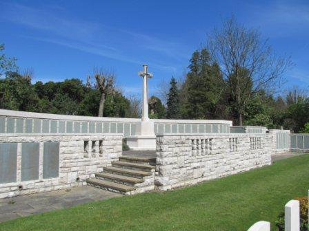 Description: https://www.britishwargraves.co.uk/userimages/HongKongMemorialWeb.jpg