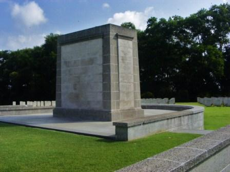 Description: https://www.britishwargraves.co.uk/userimages/SINGAPORECivilHospitalGraveMemWeb.jpg